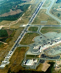 9/11: 42 commercial passenger jets parked on Halifax International runway