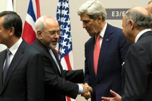 Kerry & Zarif shake hands